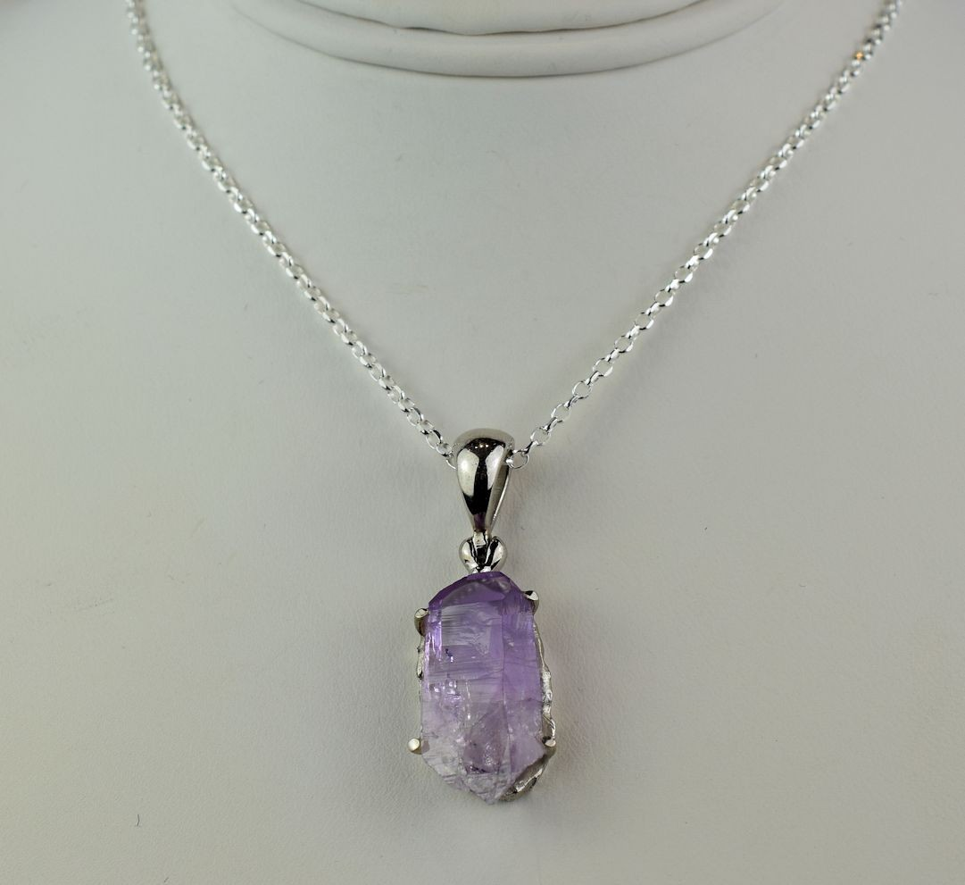 PDS0544 Amethyst Point in Sterling Silver