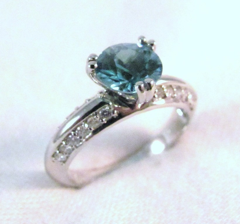 RG0028 - Zircon and Diamond Ring in White Gold